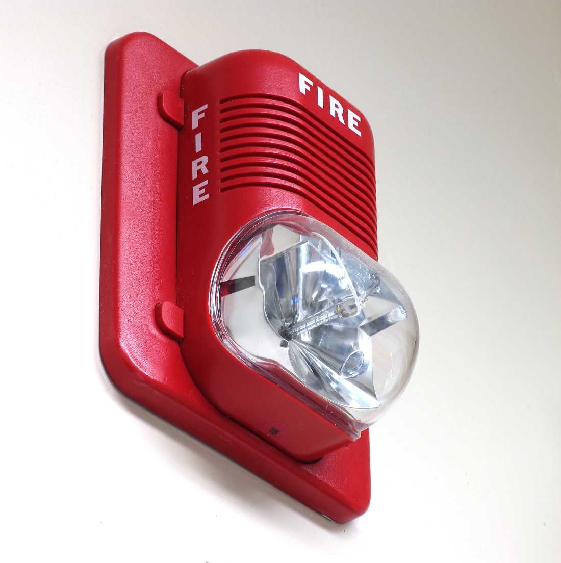 strobe lights on a fire detector system