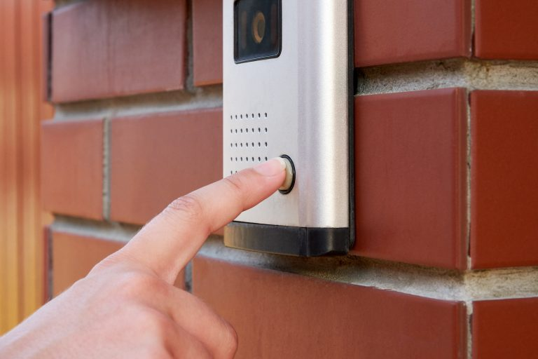 button with doorbell to intercom